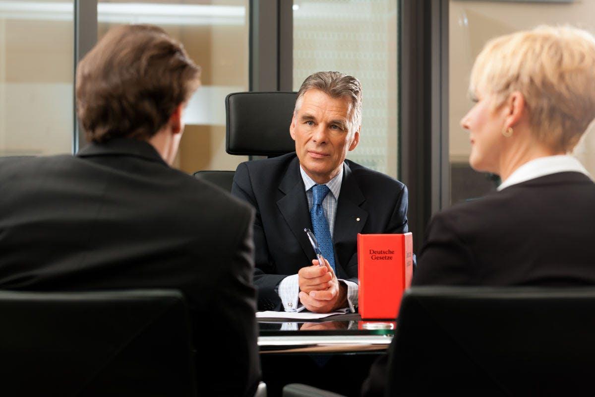 Sind Sie Unternehmer oder Bediensteter der Sicherheitsindustrie?