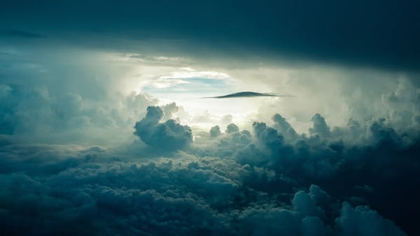 Looking at the majestic clouds in the sky and wondering, is Afterlife Communication possible with Psychic Jarka. Yes, it is now!