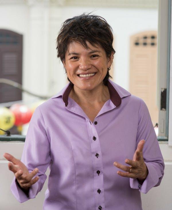 Anna Tan coach