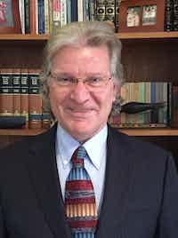 Scott Sindelar, Ph.D. (Click on my name for more information)
