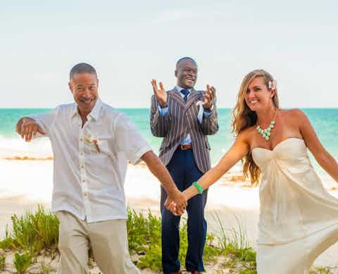 Island Nuptial Bahamas Vow Renewal Package | US $750.00