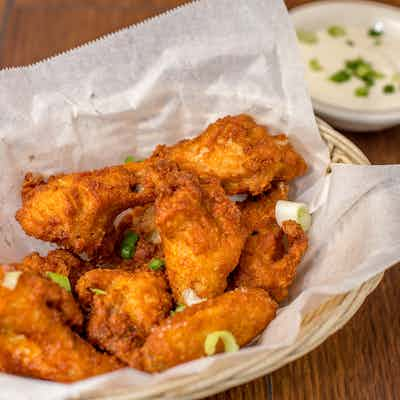 Buffalo Chicken Wings (9 count)