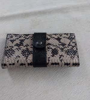 Wallet Style 3