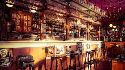 Bars, Clubs, Cafe & Restaurants