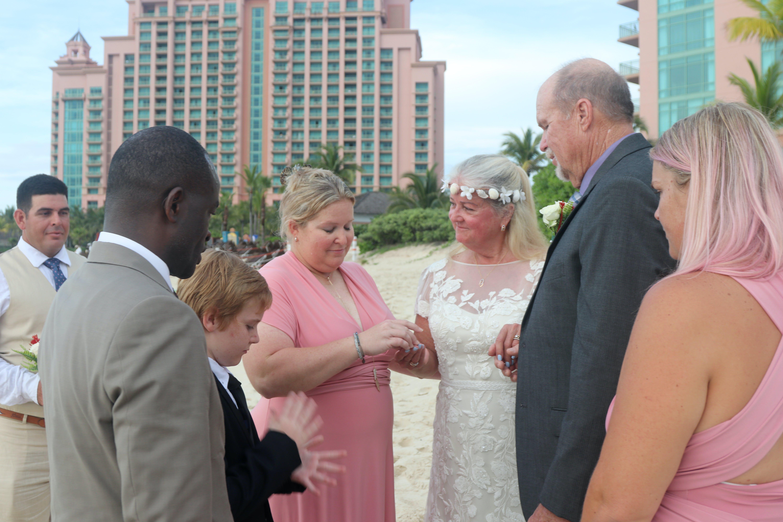 Atlantis Bahamas vow renewal